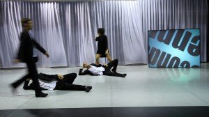 Slogans – Chorégraphie d'Hervé Robbe Au Théâtre 71 Malakoff par Angélique Lagarde dans Danse 1-300x168