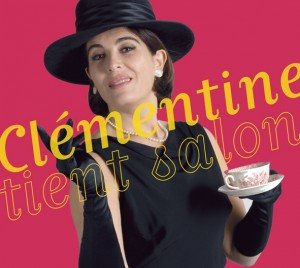 Clementine_tient_salon